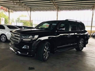Toyota Land Cruiser VX_S 2018 للبيع