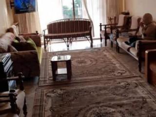 للبيع شقة في بلودان طابق ثاني موقع مميز