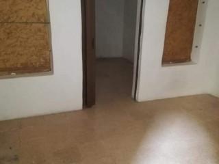 للبيع شقة طابق ارضي في مارتقلا قرب فلافل ابو الدهب