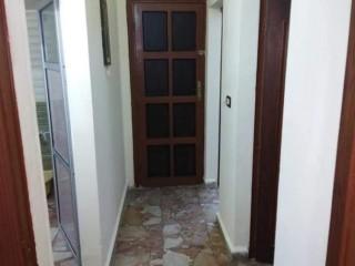 للبيع شقة طابق4فني قرب المدرسة الشرعيه