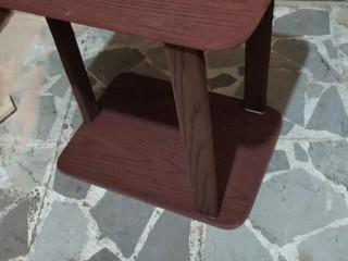 للبيع طاولة خشب