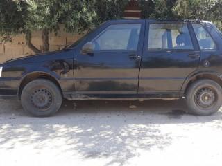 سيارة فيات اونو للبيع